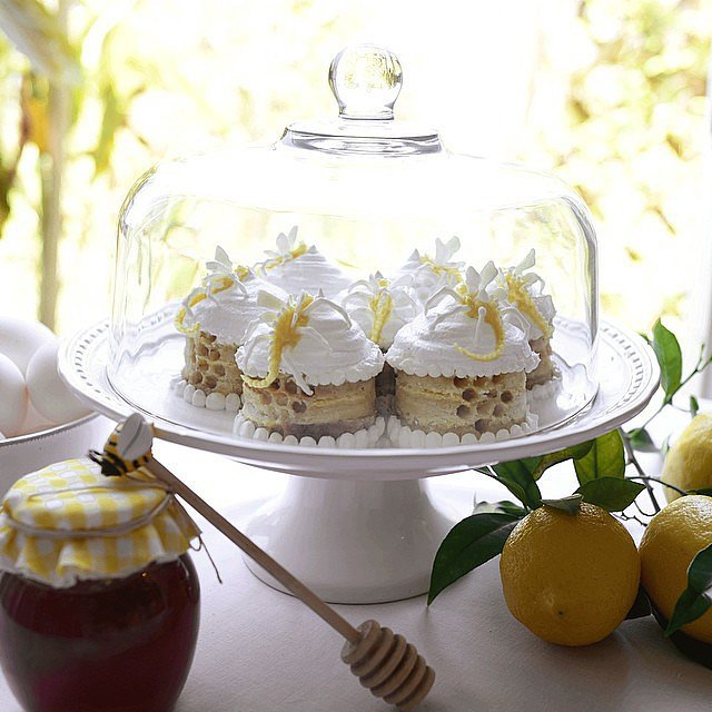 Lemon Bars With Meringue