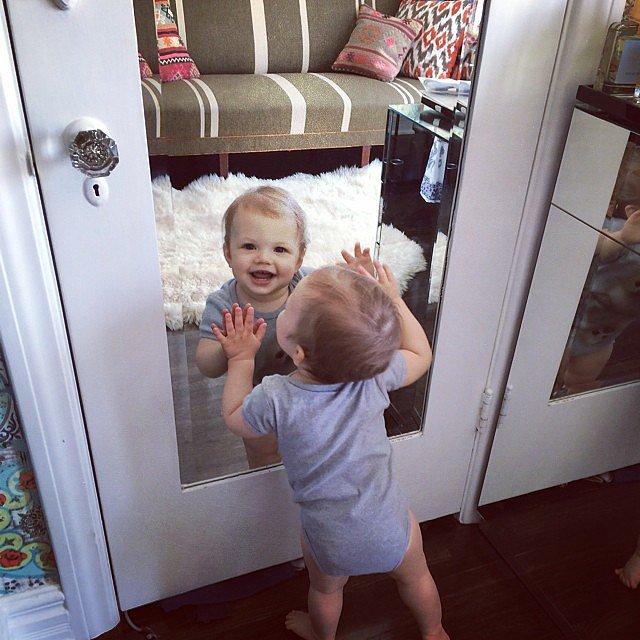 Cricket Silverstein celebrated her first birthday with a smile! Source: Instagram user busyphilipps