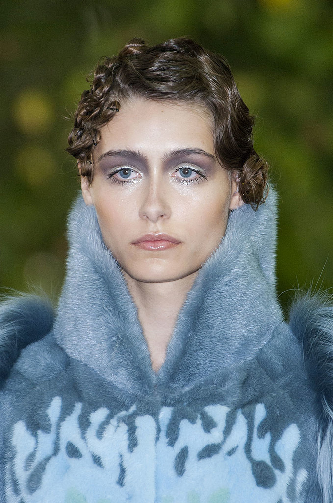 On Aura Tout Vu Haute Couture Fall 2014