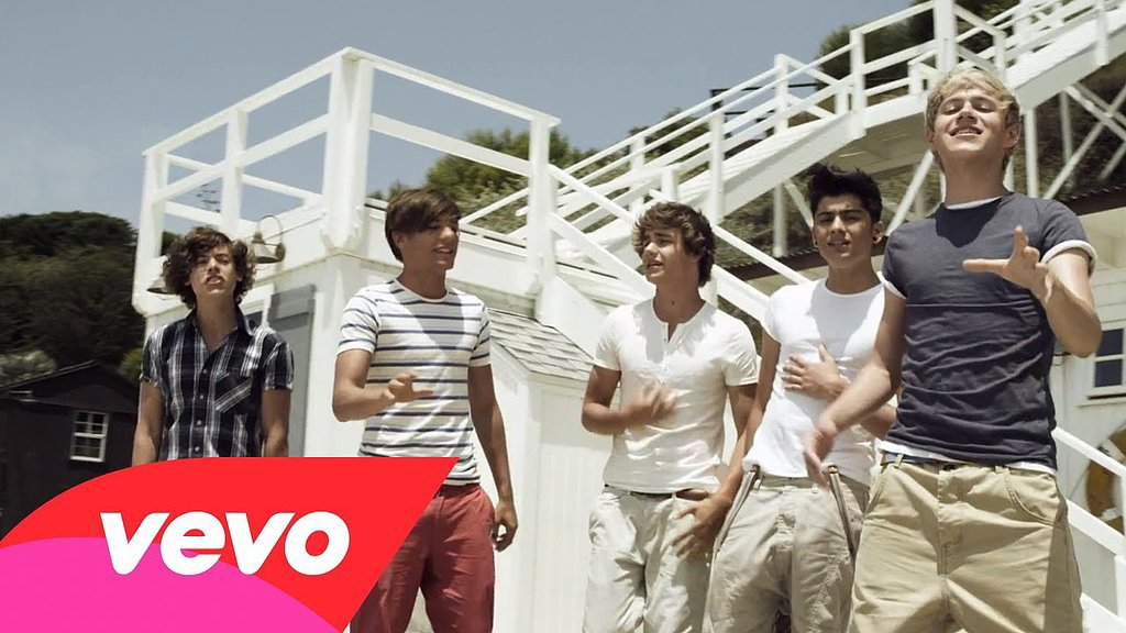 """""""What Makes You Beautiful,"""" One Direction"""