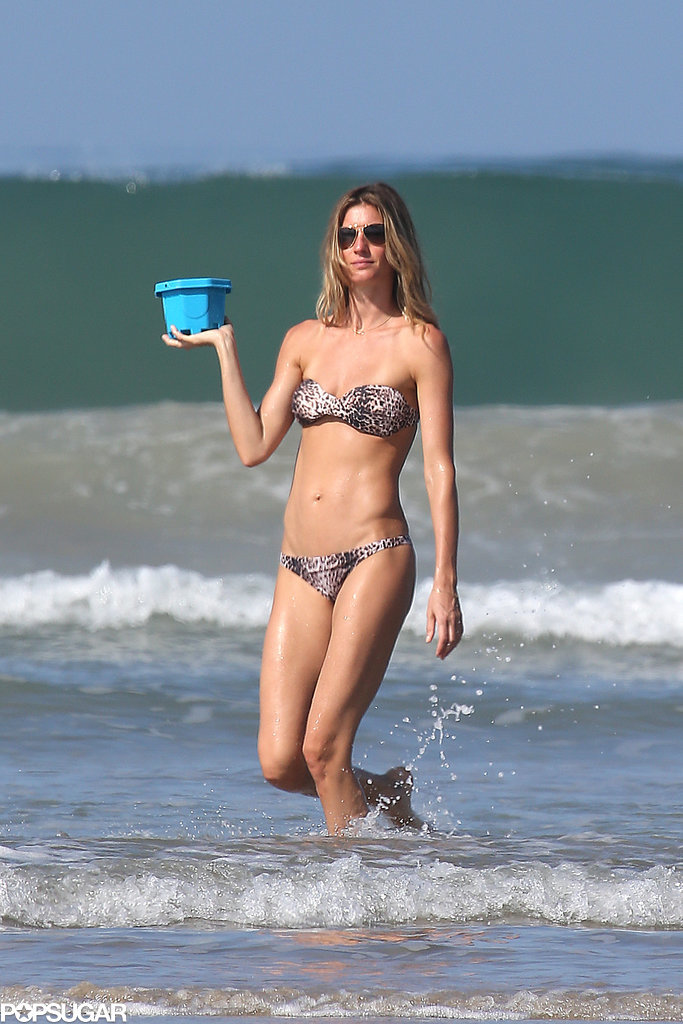 Gisele's toned abs were front and center when she hit the beach in Costa Rica in March 2014.
