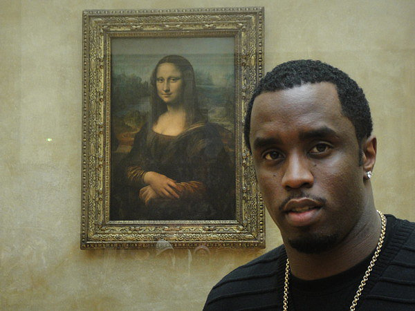 Diddy hung out with Mona Lisa. (OK, maybe it only looks like she's aware he's taking a selfie).