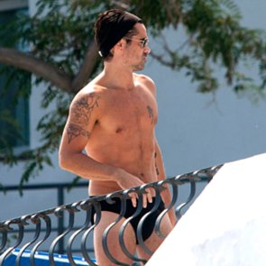 Colin Farrell Wearing a Speedo in Italy   Pictures