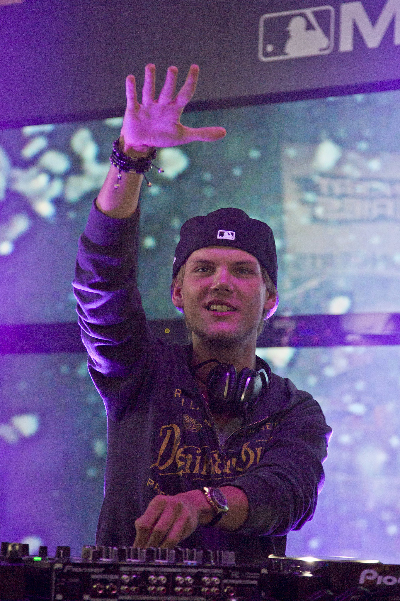 Avicii = Tim Bergling | 93 Stars Whose Real Names Will ...