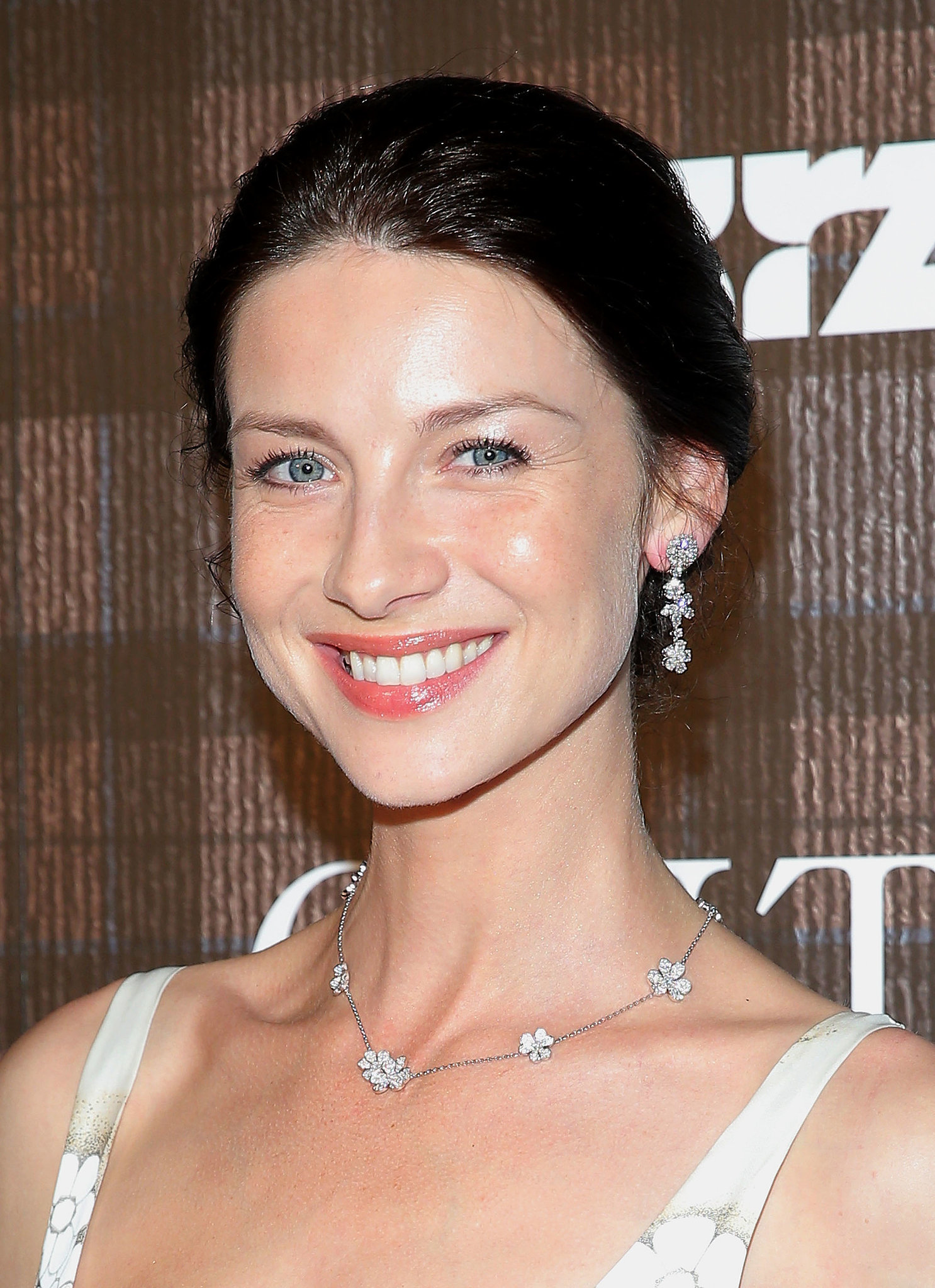 The 37-year old daughter of father (?) and mother(?), 178 cm tall Caitriona Balfe in 2017 photo