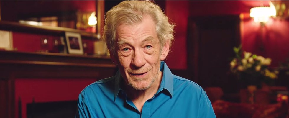 Ian McKellen Helps Man Propose to His Trekkie Boyfriend