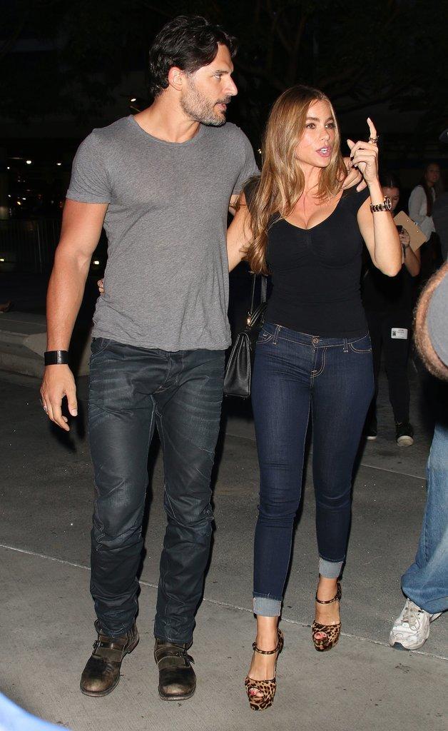 Joe Manganiello and Sofia Vergara showed PDA on their way to the concert.