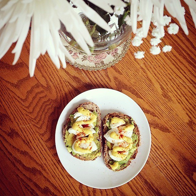 Spice your avocado up by adding paprika and mustard.  Source: Instagram user melygoose