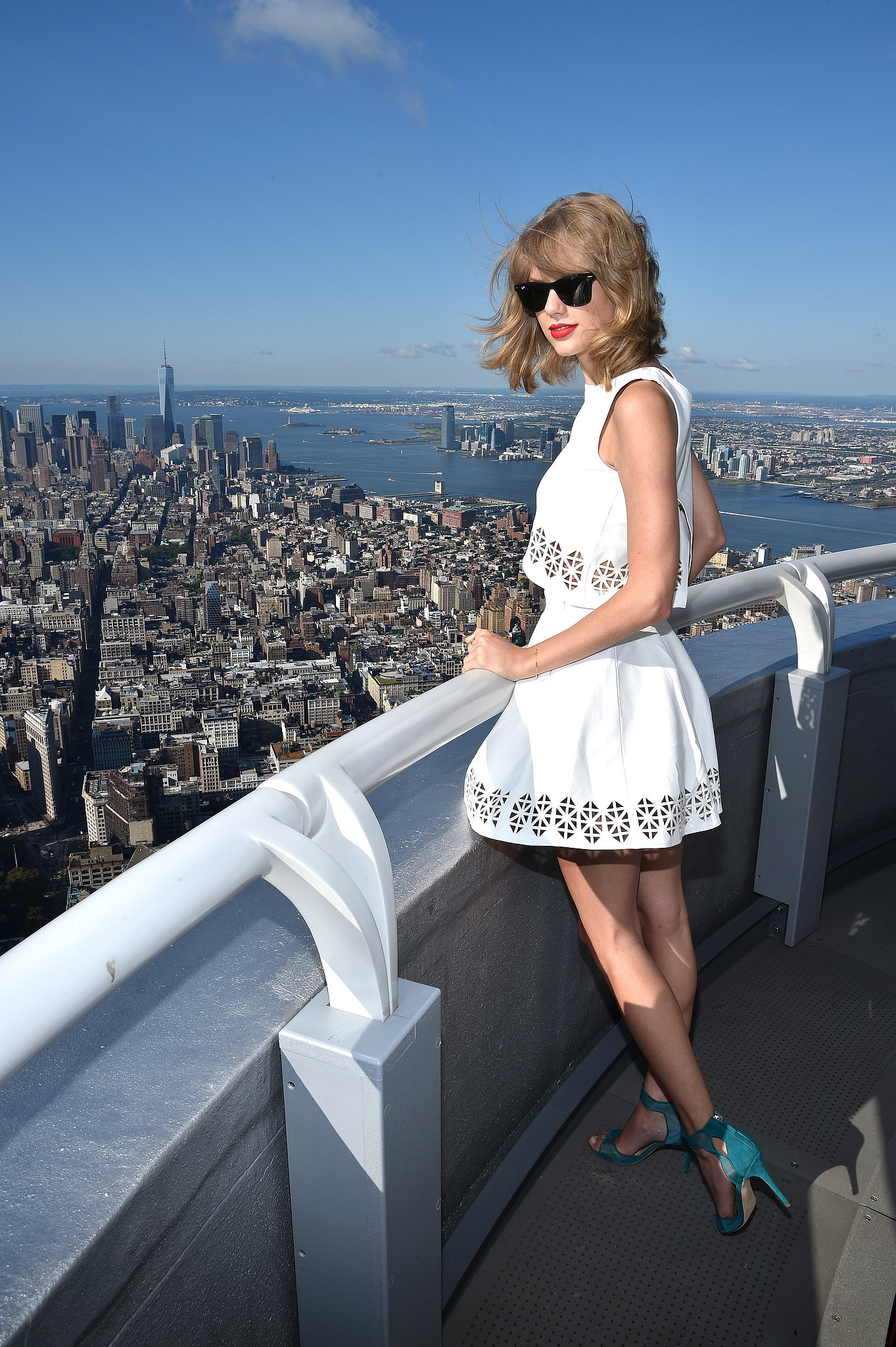 Taylor Swift checked out the NYC view on Monday.