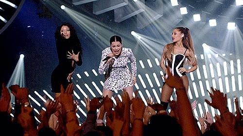 Nicki Minaj Had a Minor Wardrobe Malfunction