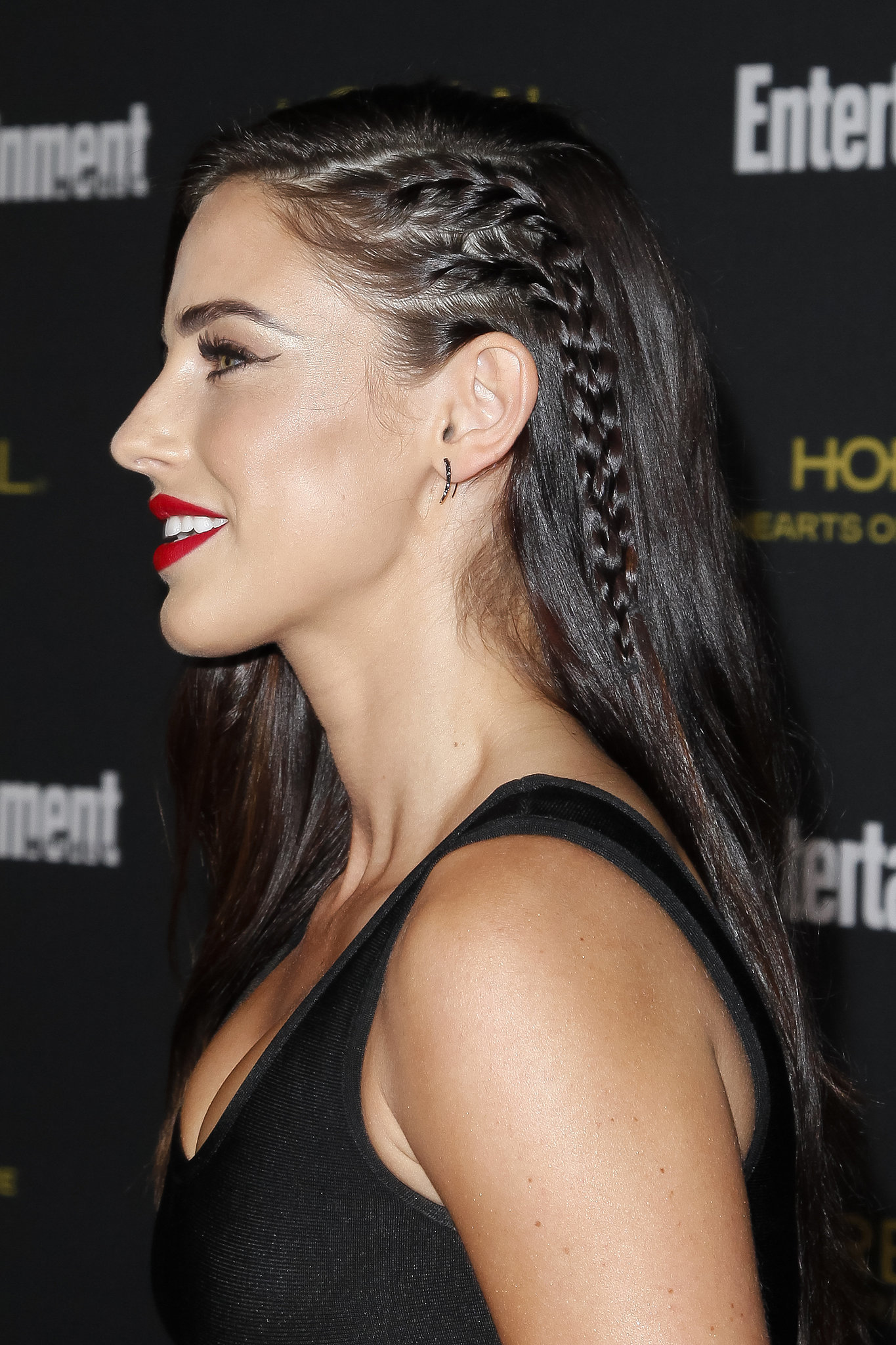 Jessica lowndes jennifer aniston is bringing back the - Trenzas de lado ...