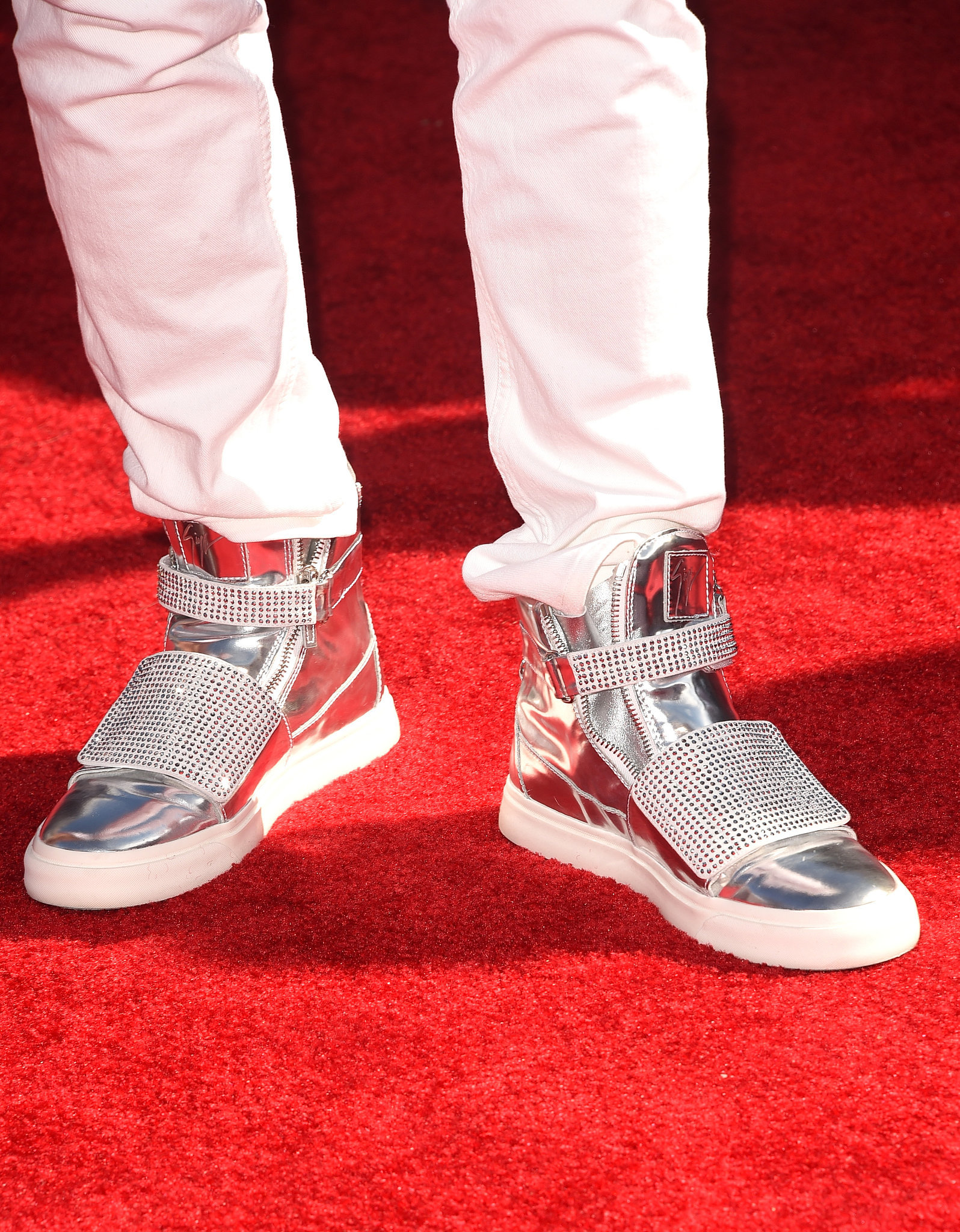 Jason Derulo's silver Giuseppe Zanotti sneakers made quite the statement.