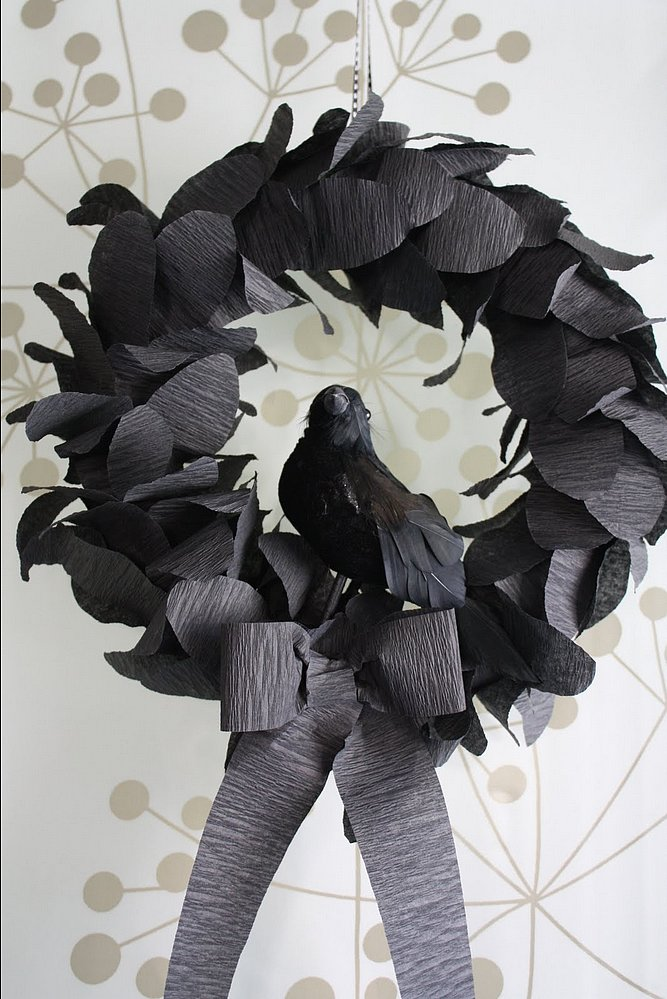 how to make a raven with paper