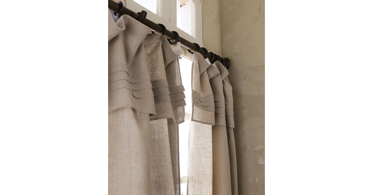 Tan Drapes Can Often Make A Space Look Bland But These