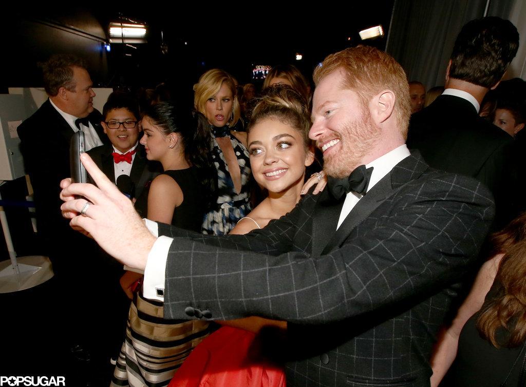Jesse Tyler Ferguson took a selfie with Sarah Hyland backstage.