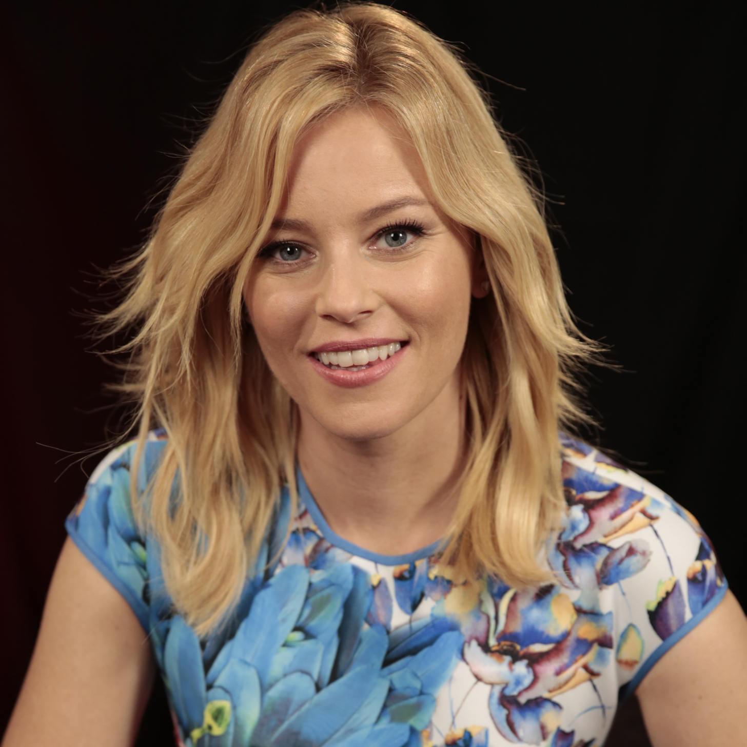 MILFs..de 35 a 45. - Página 6 Elizabeth-Banks-Pitch-Perfect-2-Interview-Video