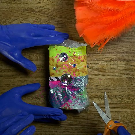 Blue Man Group iPhone 6 Unboxing