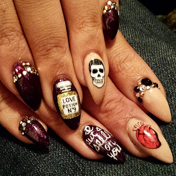 Pics Of Nail Art: DIY Halloween Nail Art Ideas