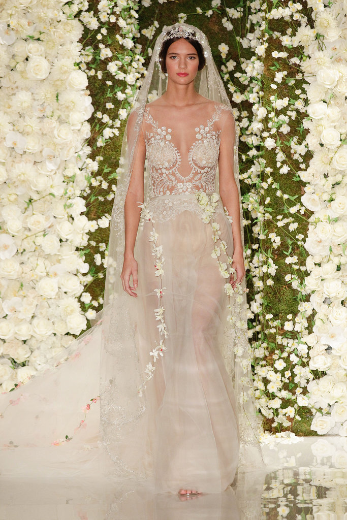 reem acra fall 2015 attention brides the 6 biggest wedding dress trends for 2015 popsugar. Black Bedroom Furniture Sets. Home Design Ideas