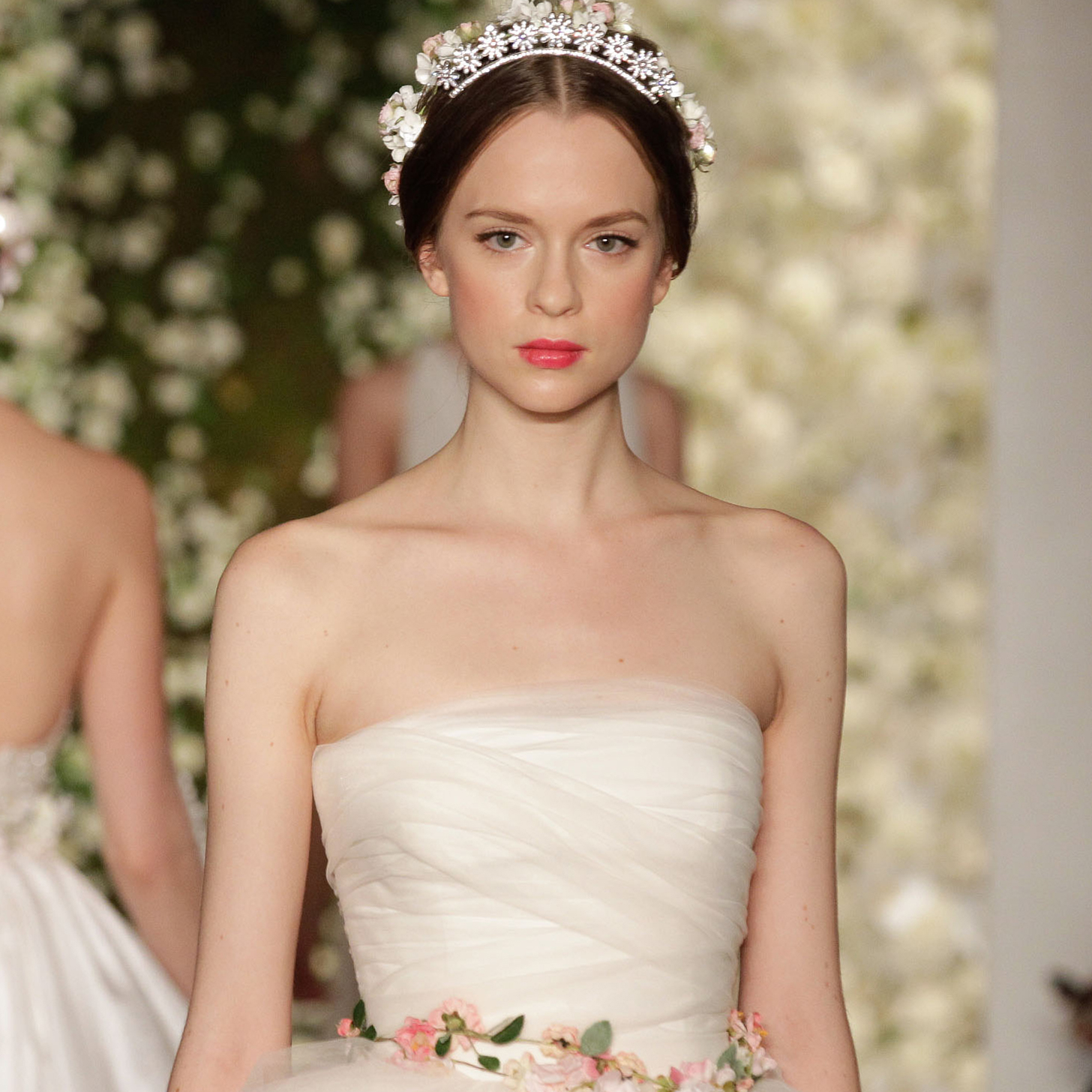 6 Unexpected Wedding Dress Trends 2015