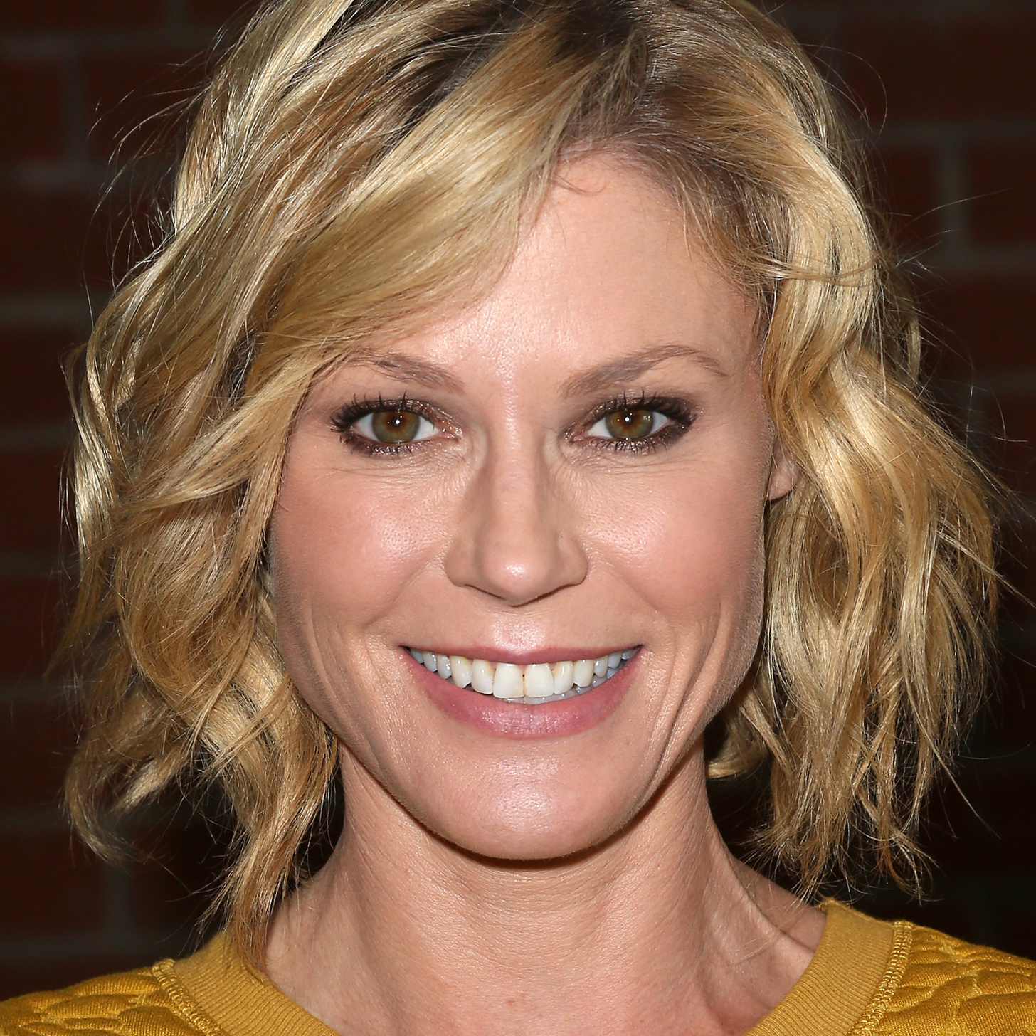 Modern Family Julie Bowen Interview - Modern-Family-Julie-Bowen-Interview