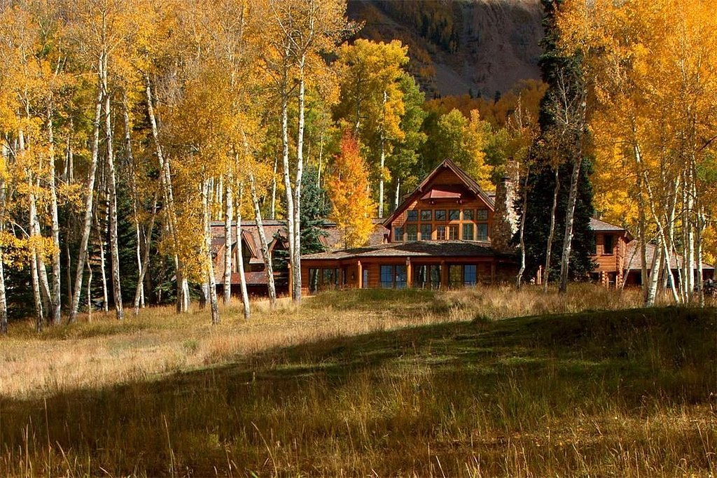 Tom Cruise Puts Up his Gorgeous Colorado Lodge for Sale