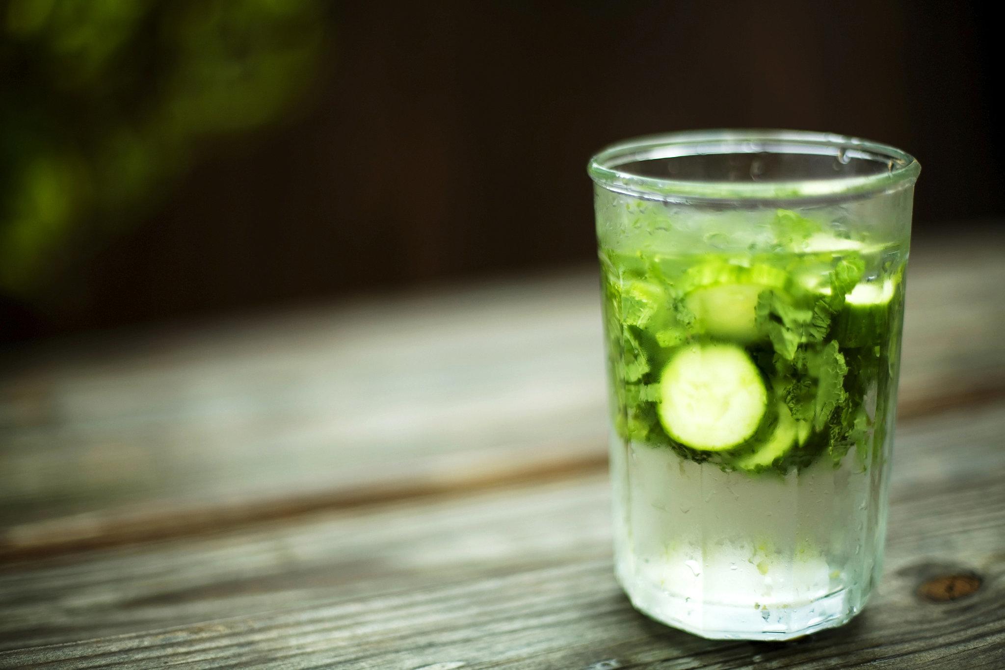 Detox with lemon cucumber ginger mint water popsugar fitness for Cocktail detox