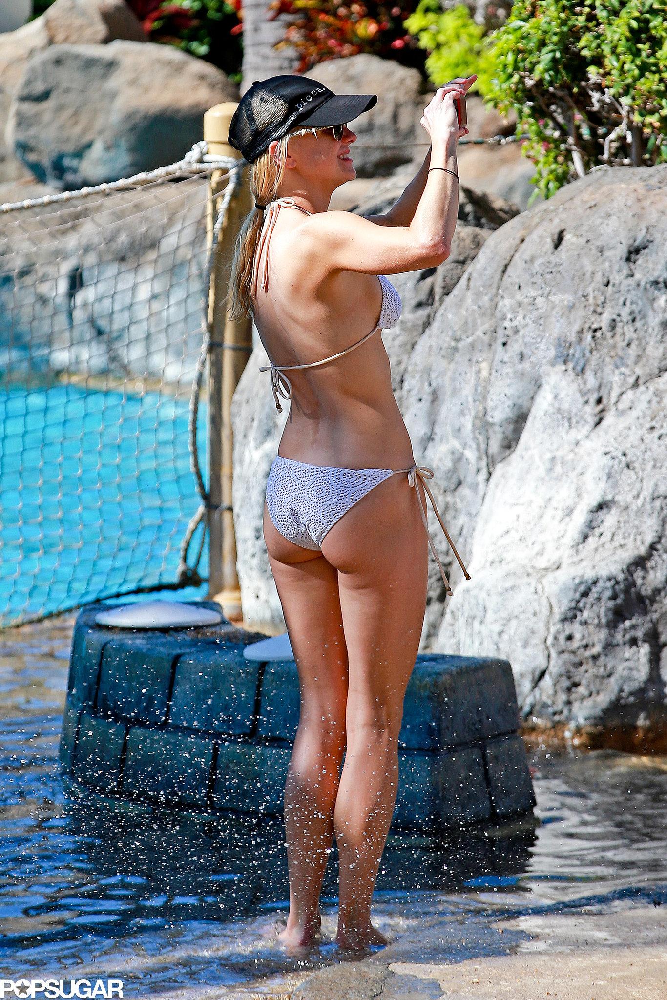 ... Anna Faris's Beach Bodies Are Out of This World | POPSUGAR Celebrity: www.popsugar.com/celebrity/photo-gallery/36198589/image/36198604...