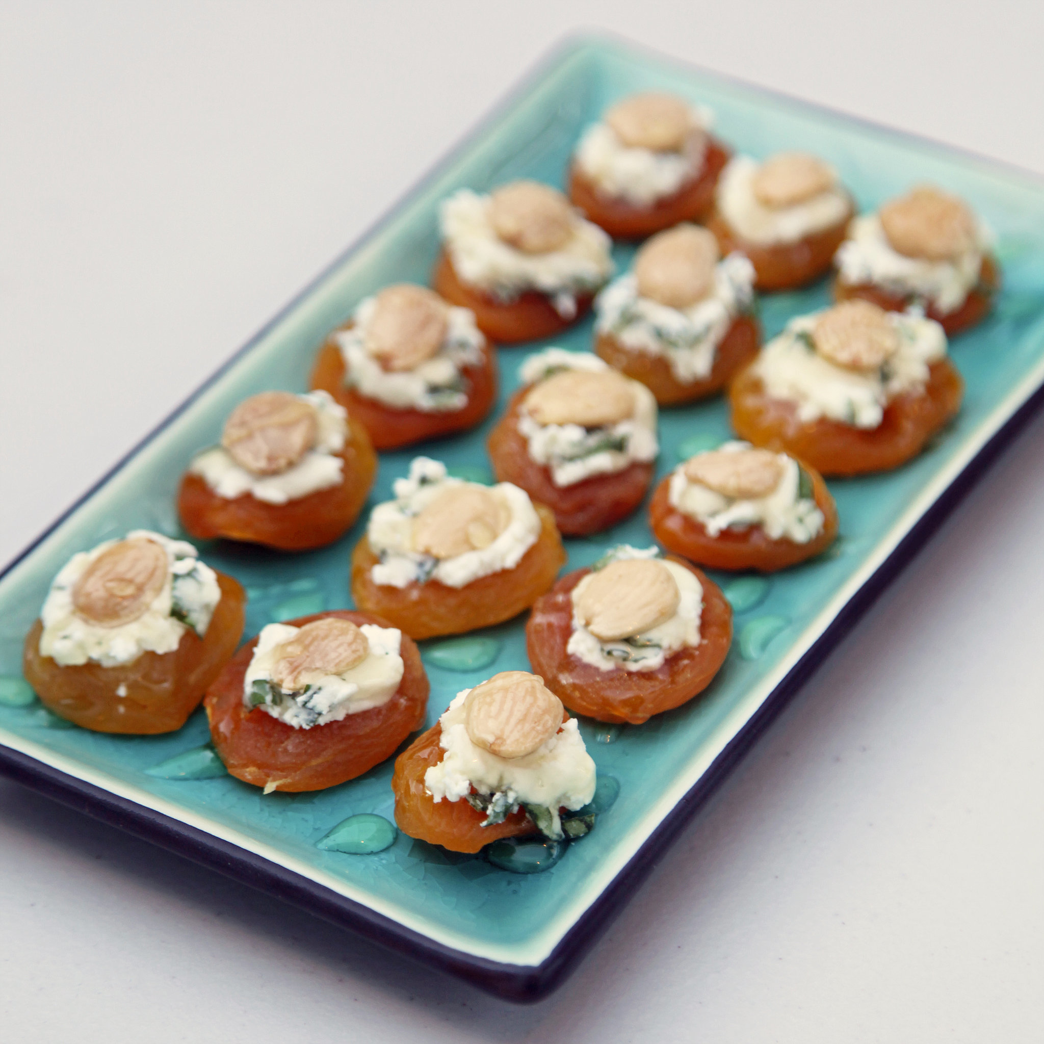Apricot, Goat Cheese, and Almond Bites