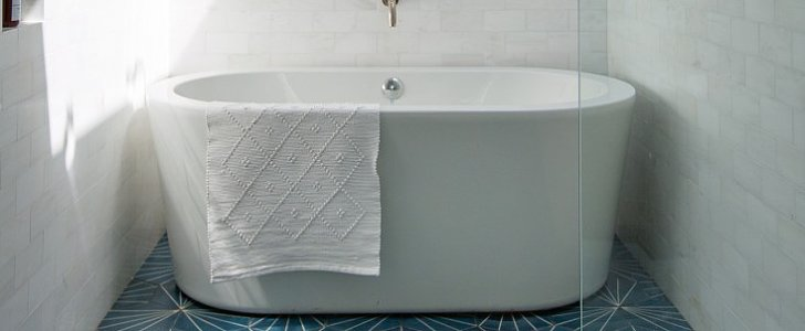 Steal the Look: A Luxe Bathroom That's Actually Low-Key