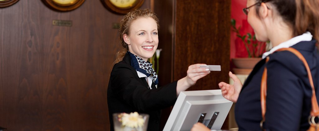 How to Get the Best Hotel Discounts For the Holidays
