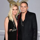 Ashlee Simpson Pregnant With Evan Ross' Child