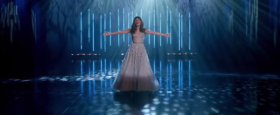 "Lea Michele Sounds Like an Angel in Glee's Full Version of ""Let It Go"""