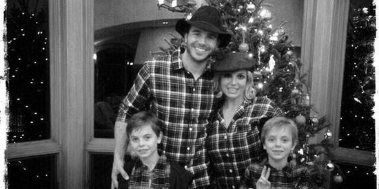 Celebrities Instagram Their Christmas Trees, Christmas Jammies And Christmas Feasts