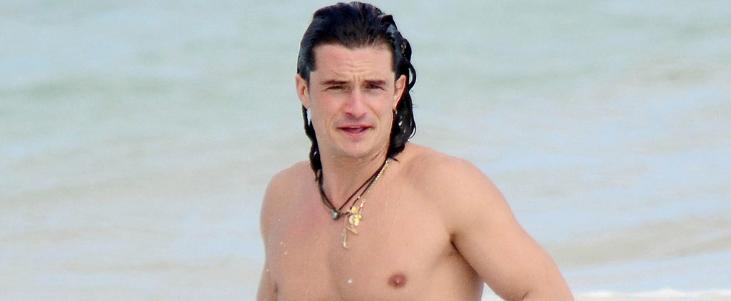 Shirtless Orlando Bloom Heats Up Mexico With His Impeccable Body