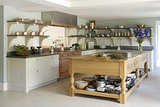 A Modern Kitchen Inspired by Edwardian Style (11 photos)
