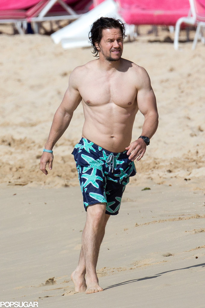 Mark-Wahlberg-Shirtless-Barbados-Picture