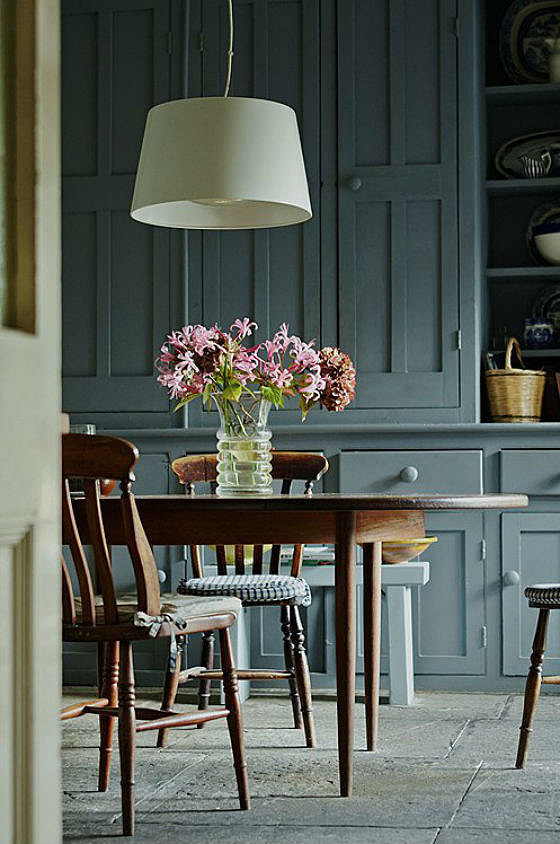 Smoky green kitchens the hottest paint colors for every for Best brand of paint for kitchen cabinets with copper wall art home decor