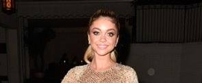 Sarah Hyland's Shimmery Shadow Is the Perfect Shade For Hazel Eyes