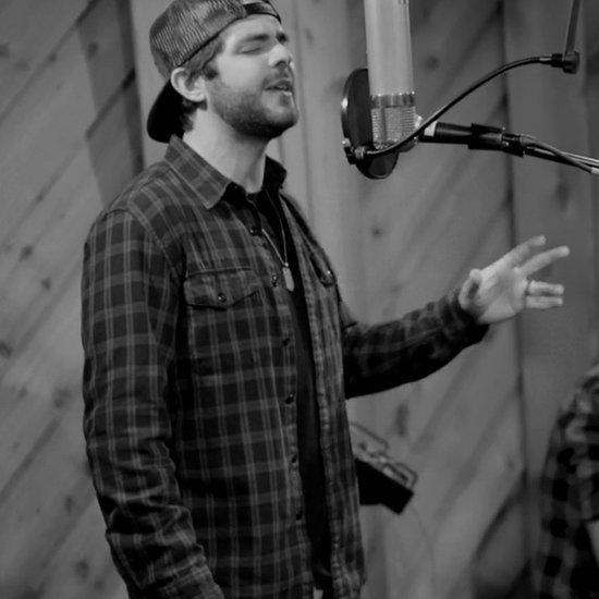 "Thomas Rhett Sings ""When I Was Your Man"""