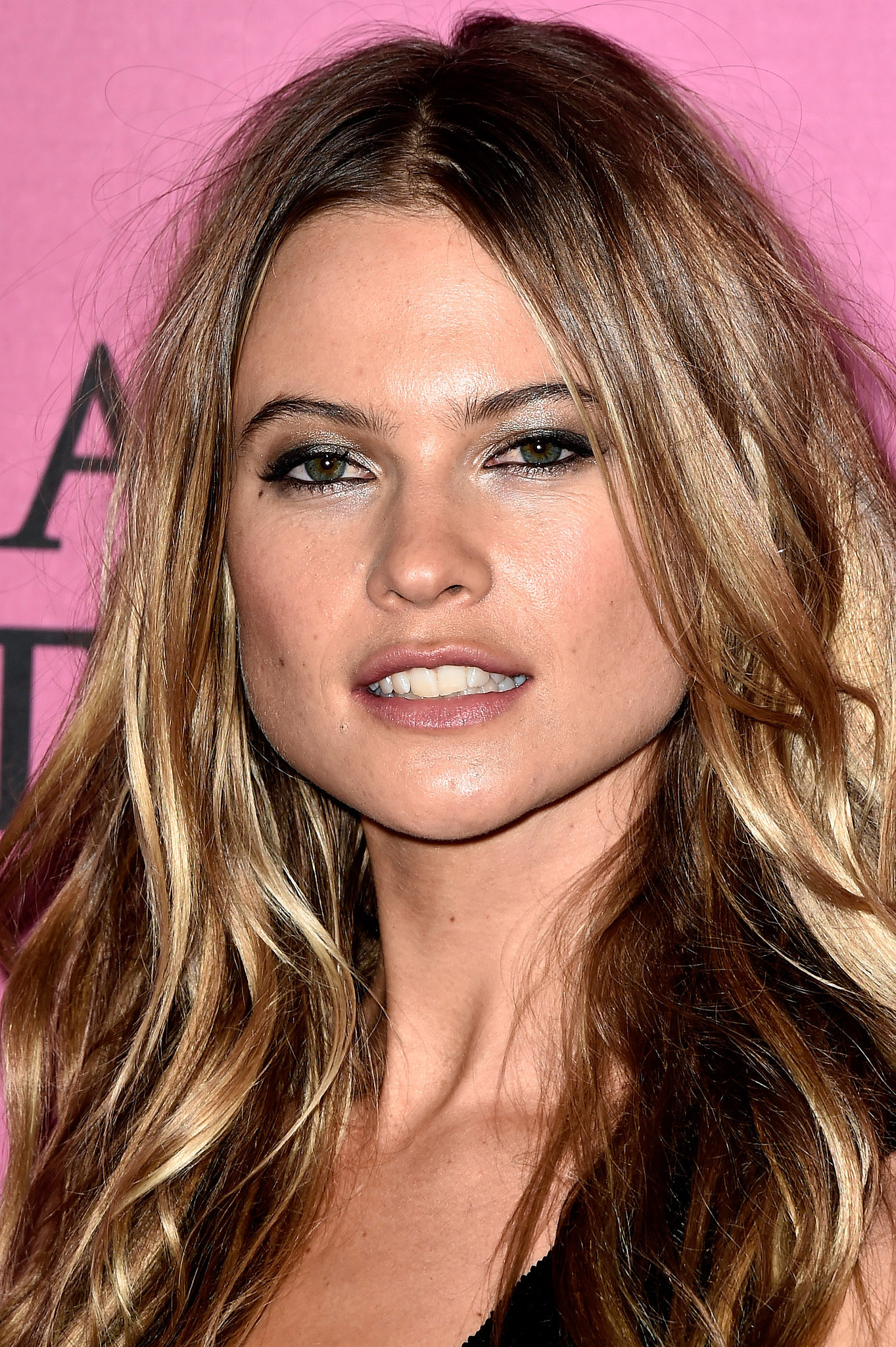Behati Prinsloo 30 Makeup And Hair Ideas To Copy On