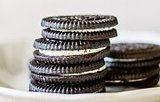 VIDEO: How To Turn Oreos Into Mascara (Seriously)