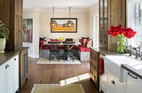 15 Farmhouse Kitchens That Made Us Swoon This Month (15 photos)