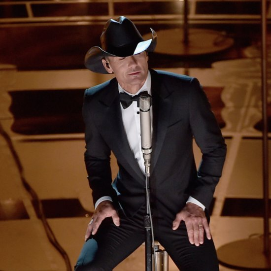"Tim McGraw Singing ""I'm Not Gonna Miss You"" at the Oscars"