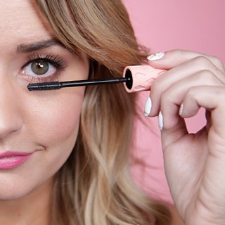 10 Hacks to Get the Most Out of Your Mascara
