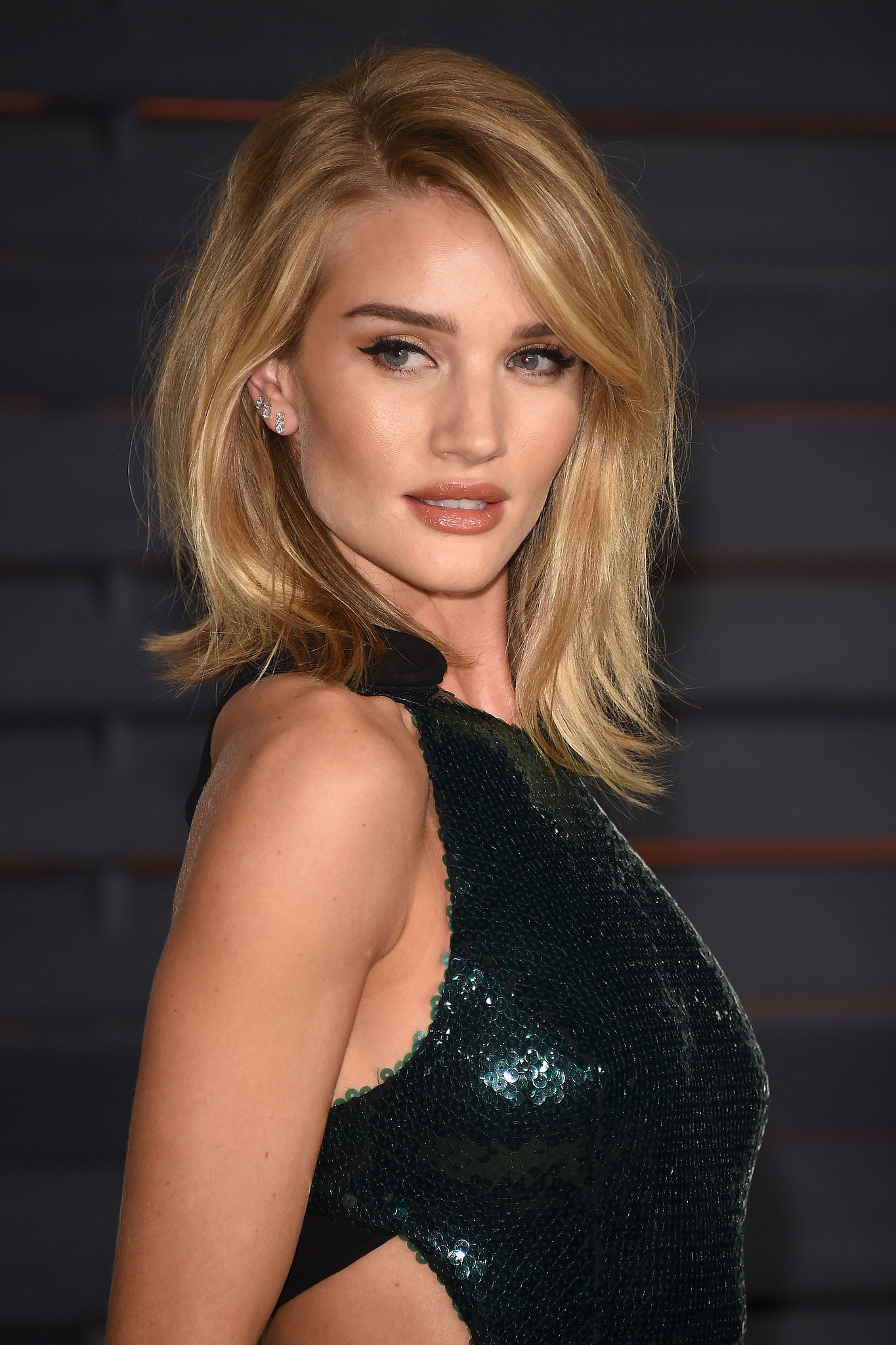 Rosie Huntington-Whiteley | Get Insider Access to Every Beauty Look ... Rosie Huntington Whiteley