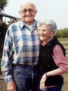 Couple Married 67 Years Die Together Holding Hands