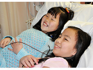 Former Chinese Orphans Find Each Other Again Because of Rare Disease They Share