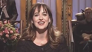 Dakota Johnson Makes 'Saturday Night Live' Debut a Family Affair