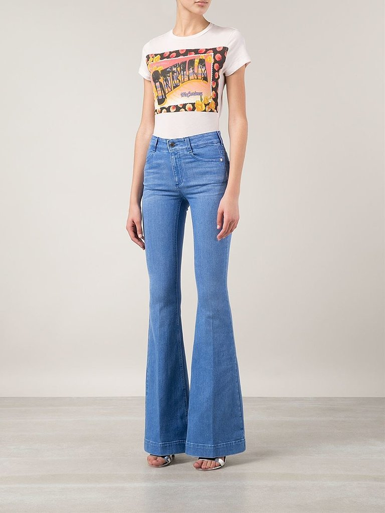 Whether you're a super-skinny jeans devotee or into a slouchier look (or both), bebe's sexy women's jeans are sure to become your go-tos. Beyond bebe's range of women's jeans, you'll find jean capris and denim shorts for the hot summer months, as well as other denim clothing.